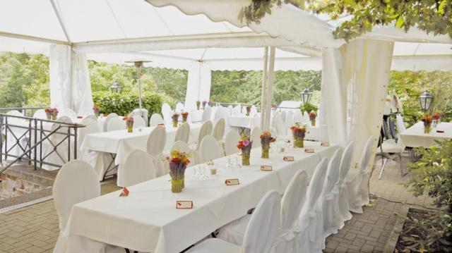 Gedeckte Tische - Hochzeitsfeier
