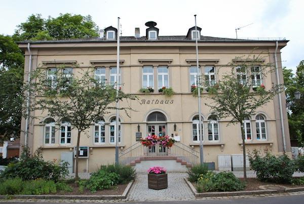 Rathaus Erbenheim, Wiesbaden, Gebäude