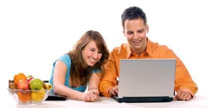 Geld und Plan Hypo Direkt, Frau, Mann, Ehepaar, Obstschale, Laptop