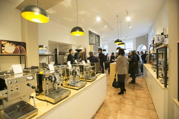 Kaufmanns Kaffee, Geschäft, Kafeemaschinen, Kaffee