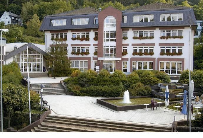 Rathhaus, Bad Schwalbach, Platz, Blumenkästen