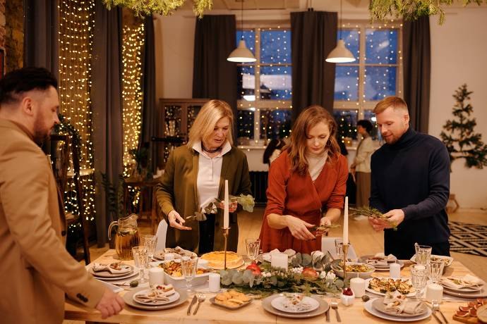 Weihnachtsfeier, Weihnachtsessen, Tischgedeck