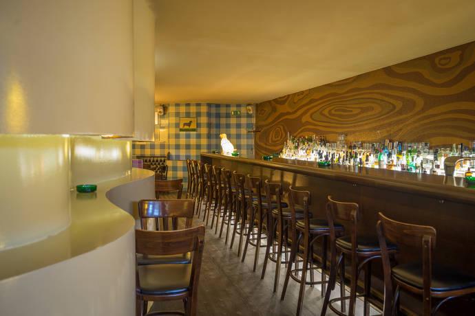 Green Door Bar