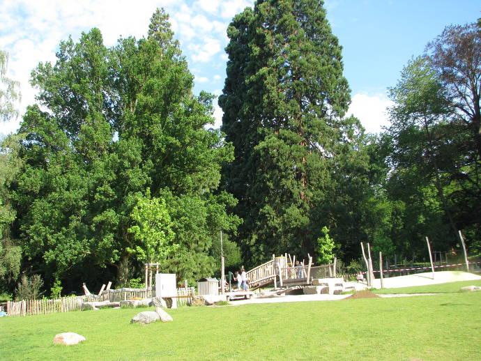 Spielplatz im Tier- und Pflanzenpark Fasanerie