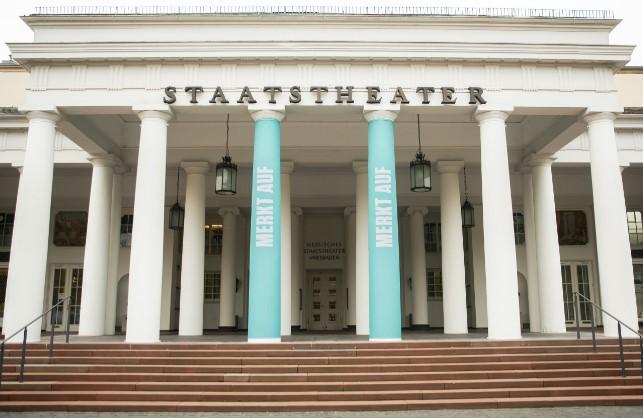 Theater, Wiesbaden, Kolonnaden, Außenansicht