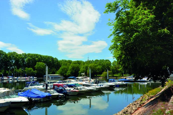 Boote, Schierstein, Wiesbaden, Rhein, Hafen