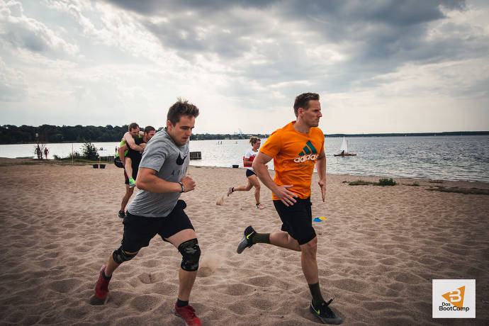 Outdoor Fitness am Strand