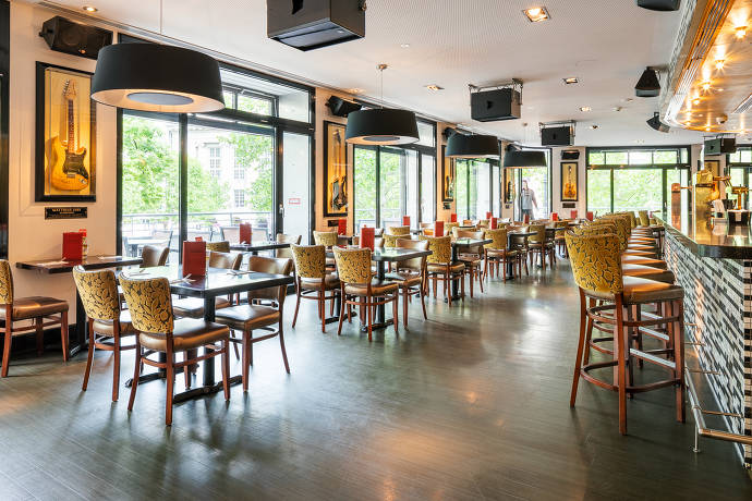 Innenbereich des Happy Hard Rock Cafe Berlin