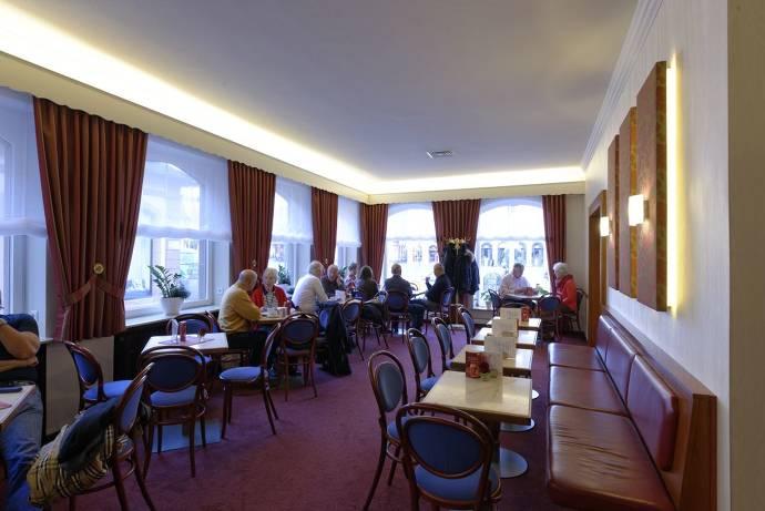 Innenansicht des Dom-Café