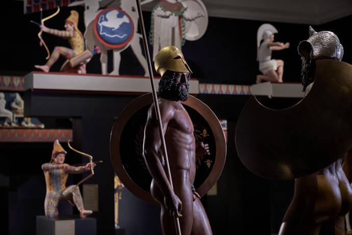 Ausstellungsansicht Bunte Götter