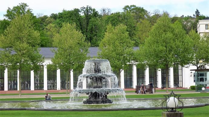 Springbrunnen, Bunnen, Wasser, Bowling Green, Kurhaus Wiesbaden