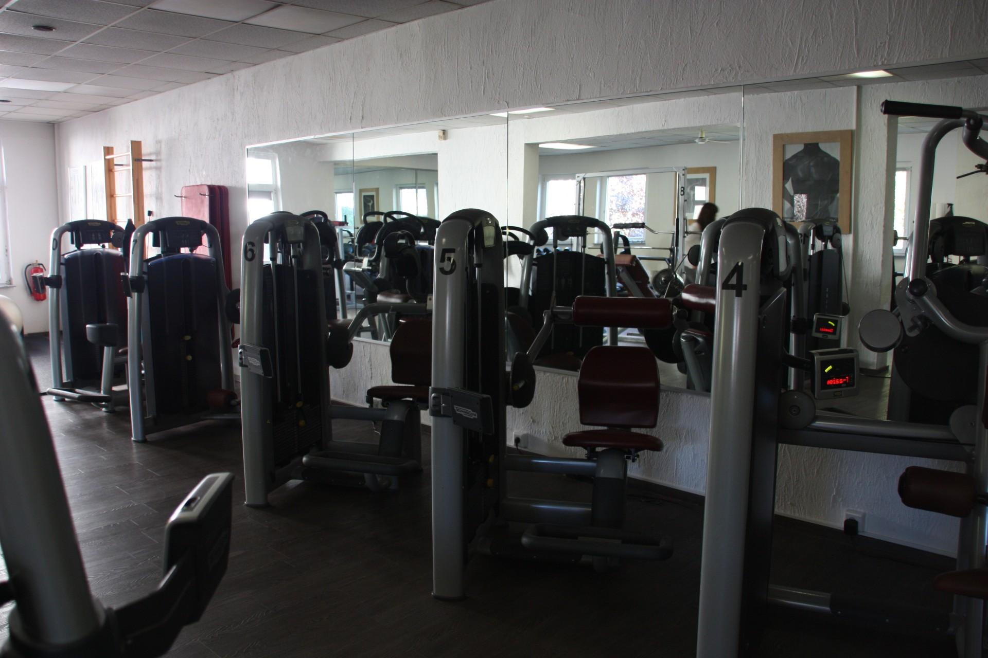 Apollo Fitness World