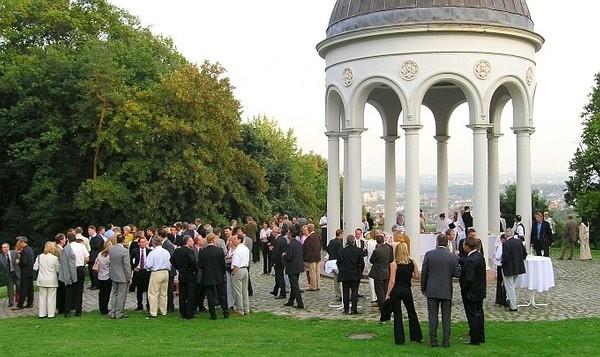 Der Turm, Wiesbaden