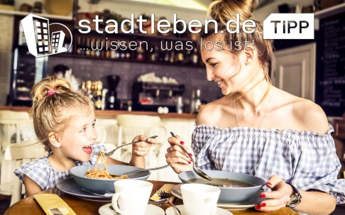 Mutter, Kind, Tochter, Spaghetti, Nudeln, Restaurant