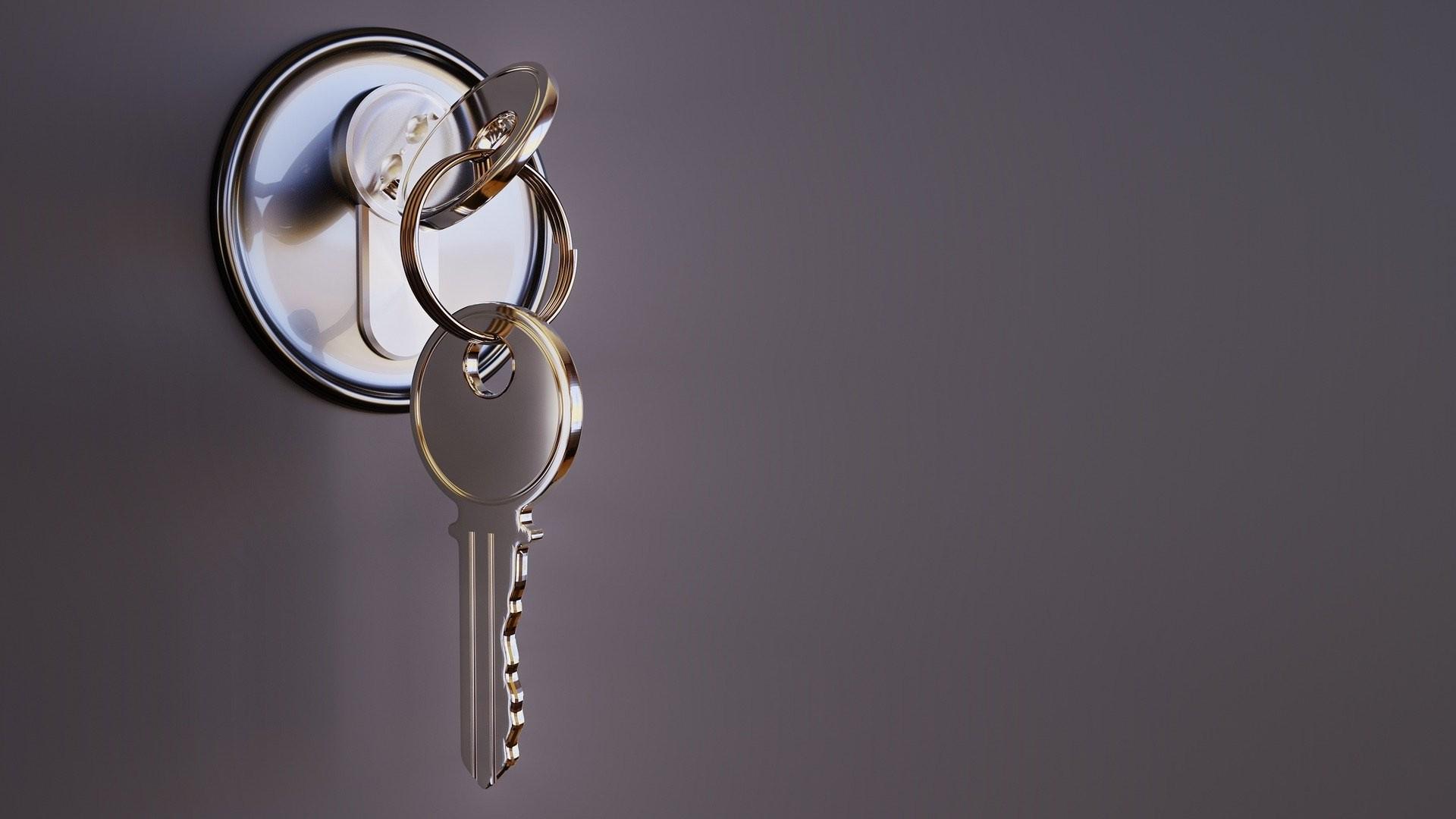 Wo finde ich einen guten Schlüsseldienst? Bei der Vielzahl an Schlüsseldiensten in Deutschland ist es gar nicht so einfach, den Überblick zu behalten. Haben Sie durch eine der zuvor genannten Situationen Bedarf am Service eines Schlüsseldienstes, dann sol