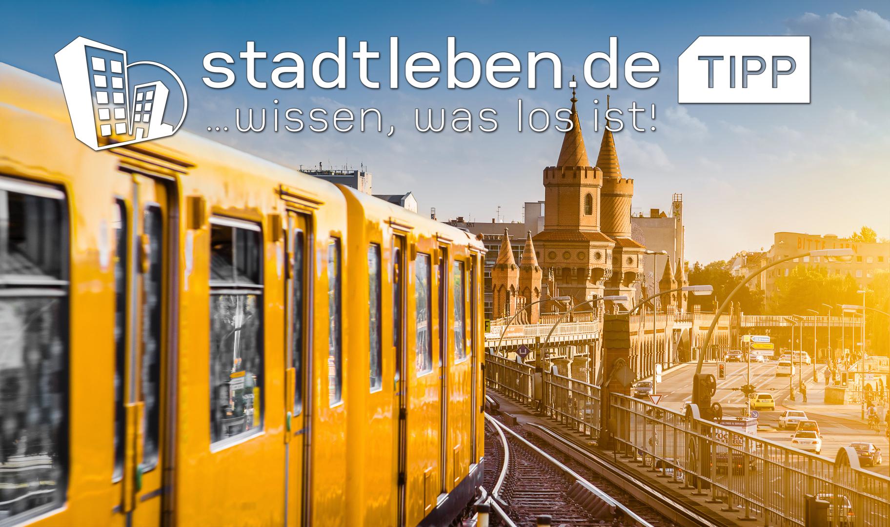 Berlin, Gebäude, Autos, Straßenbahn, Gleise, Himmel