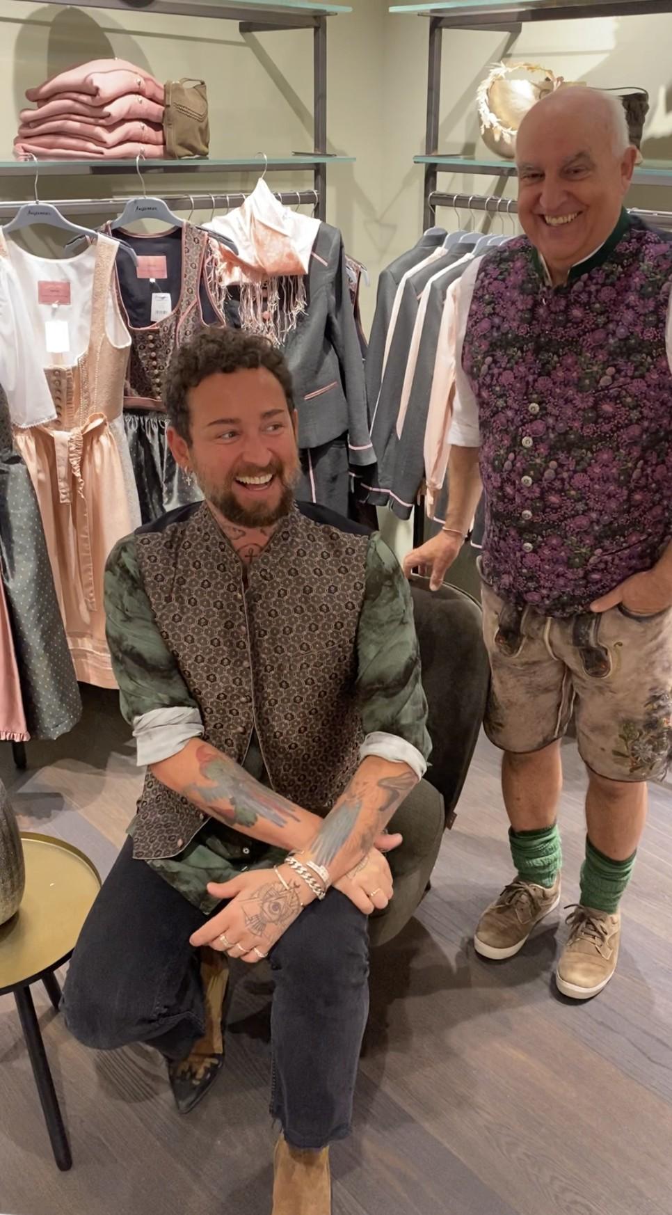 Marcel Ostertag präsentiert seine erste Trachtenkollektion bei Angermaier