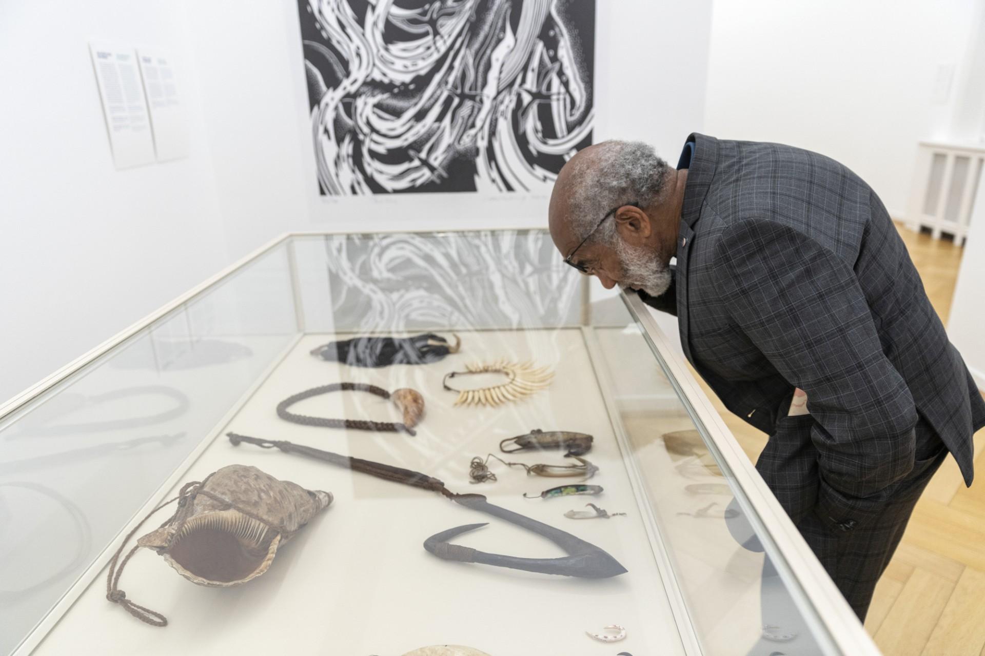 Ausstellung, Museum, Mann, Besucher