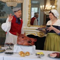 Mann. Frau, Essen, Kostüm, Schloss