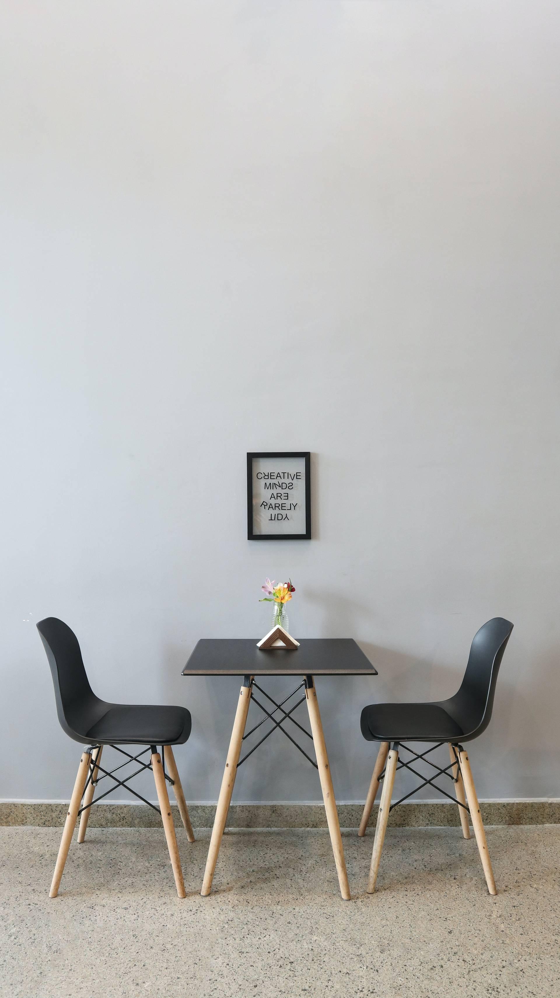 Möbel online zu bestellen, hat in den vergangenen Jahren zur erhöhten Akzeptanz erlangt, wie die Umsatzzahlen der Möbel-Versandhäuser verdeutlichen.