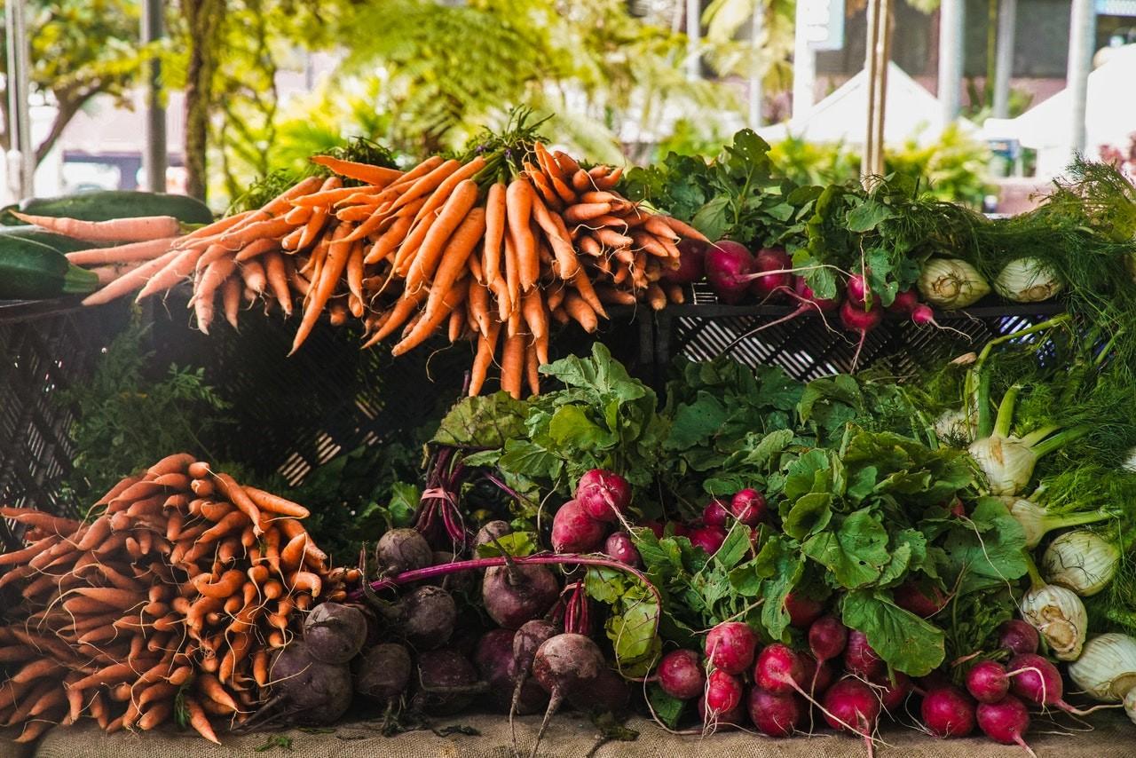 Markt, Gemüse, Karotten, Rote Beete, Radieschen