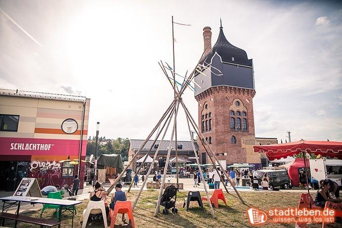 KuK Schlachthof, Street Food Festival, Menschen, Food Trucks, Open Air, Wiese, Sommer
