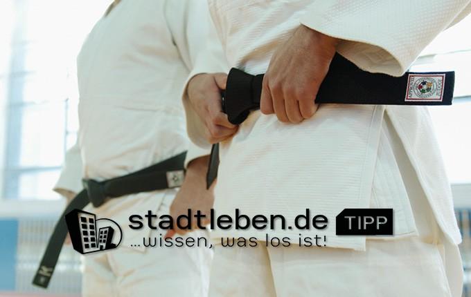 Kampfsport, Selbstverteidigung, schwarzer Gürtel, Gewaltprävention, Selbstbewusstsein, Sicherheit, Wettkampf, Mann, Frau