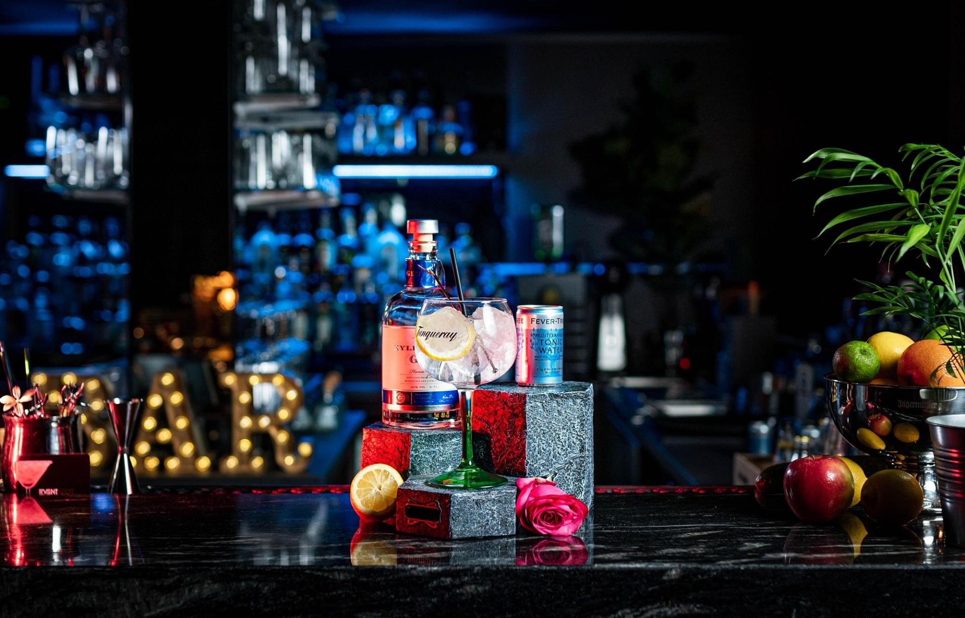 Gin Glas, sensorische Einführung zum Gin